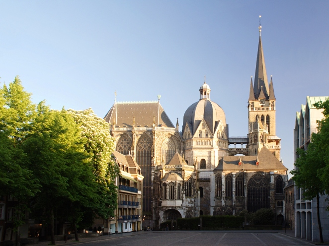 Aachen_Cathedral_North_View_at_Evening