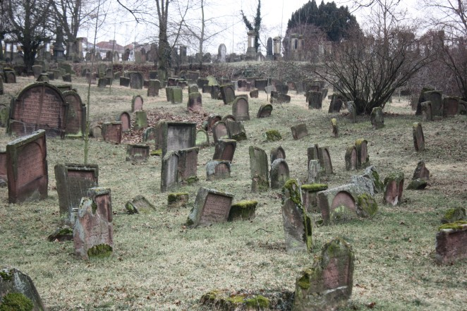 Worms cemetery