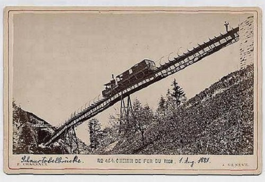 Steam-engine-on-the-Rigi-railway-Switzerland-3